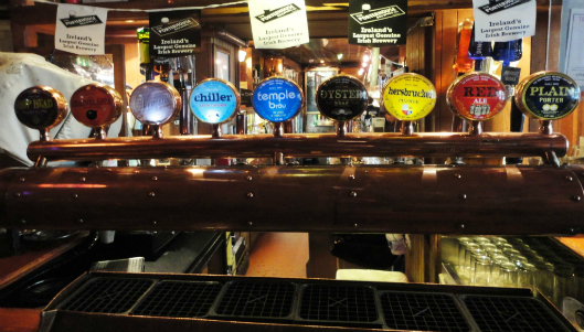 porterhouse-brewing-company-beer-taps
