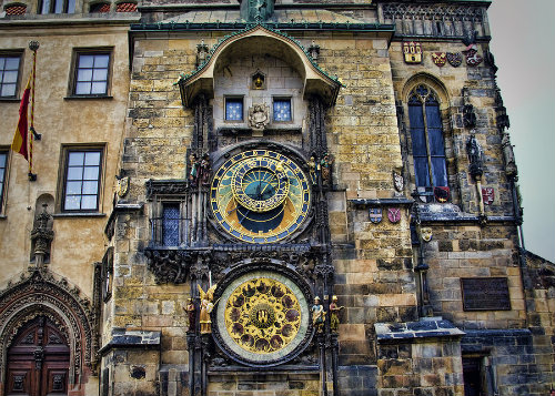 1-prague-astronomical-clock-jon-berghoff