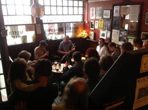 trad session for traditional Irish music in Dublin in cobblestone pub