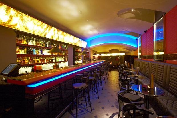 Bugsys-bar-Prague