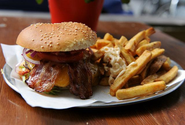 berlin-s-finest-ex-pat-burgers