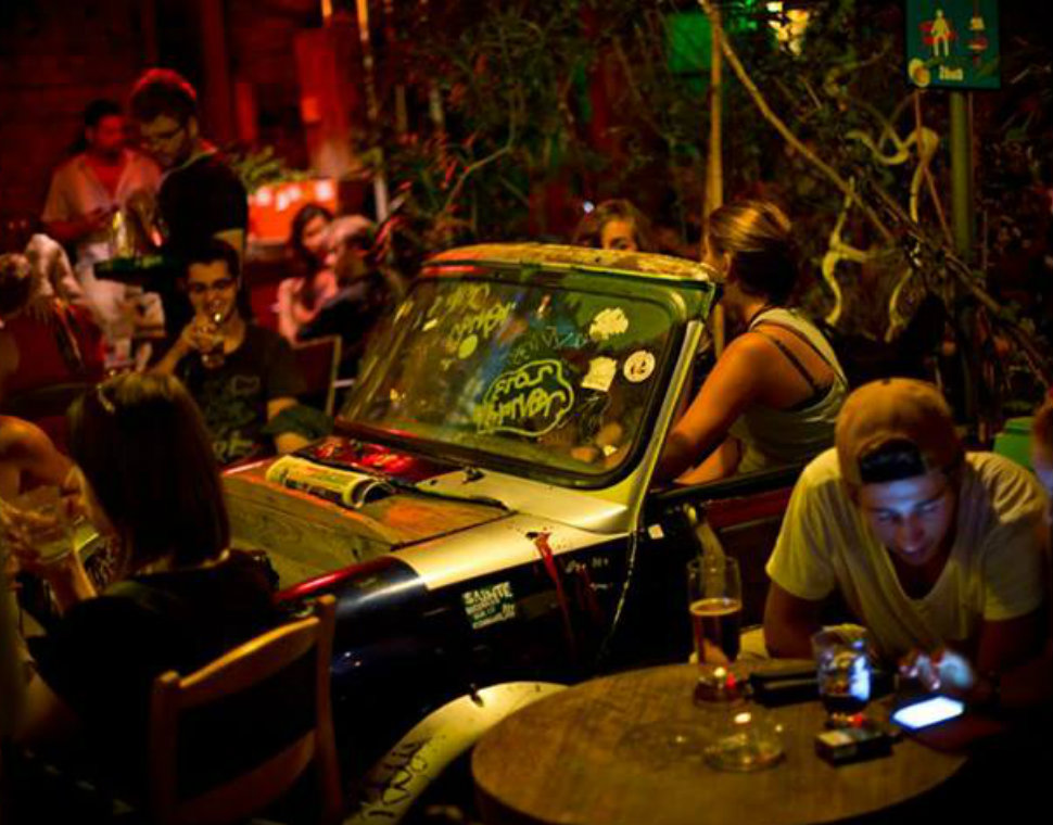 Backpacker Pub Crawl Guide to Budapest's Best Ruin Bars
