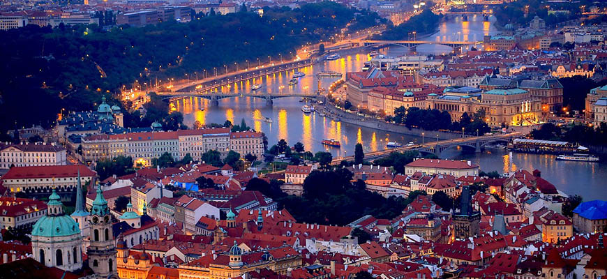 An Active Guide: 2 Days in Prague on a Budget