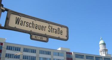 Warschauer_strasse_strassenschild