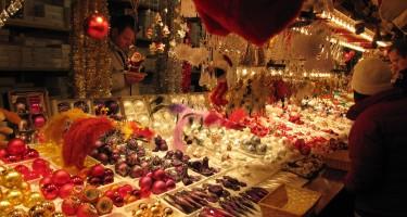 Christmas_market,_Strasbourg_(5226808667)