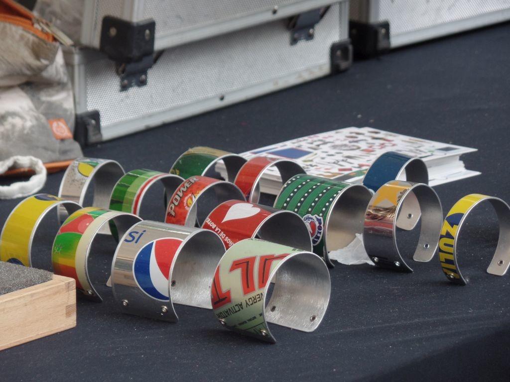 Upcycling bracelets