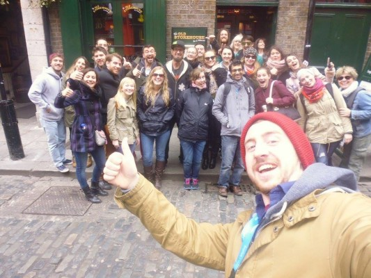 Free walking tour guide and group in Dublin