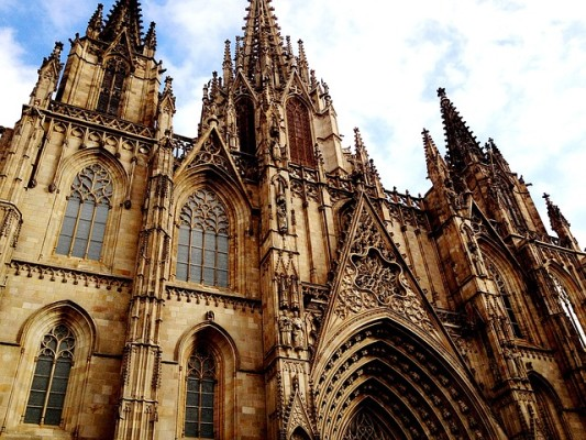 https://pixabay.com/en/barcelona-cathedral-1527757/
