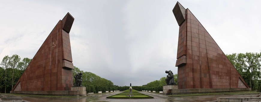 Panorama of a location on Berlin Cold War walking tour, the Russian War Memorial at Treptow