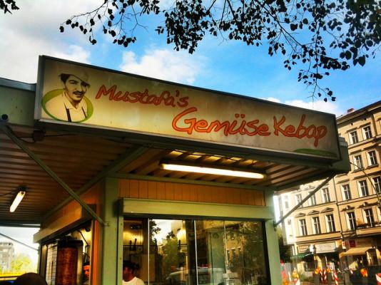 Berlin Street Food: Mustafa's Gemuese Kebab