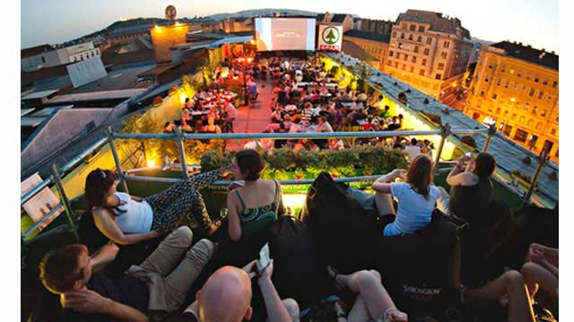 Corvinteto rooftop bar in Budapest