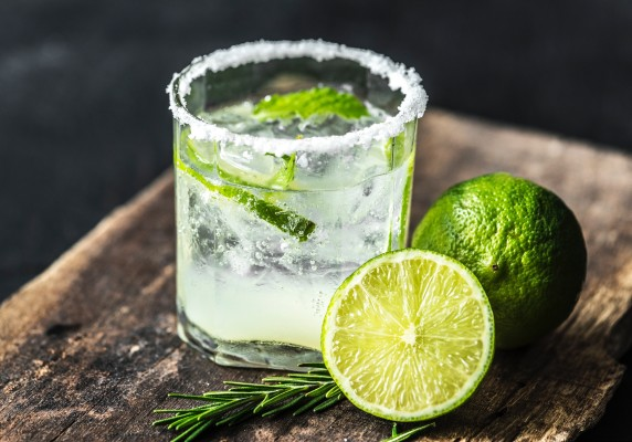 citrus lime alcoholic beverage